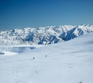 Ski touring near Wanaka Pisa Range Snow Farm2